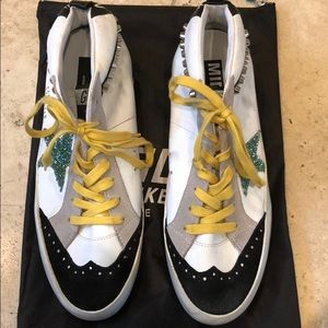 Golden Goose Shoes - Golden Goose Gym shoes New with dust bag
